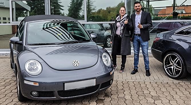 Frau Ceccio - VW Beetle Cabrio - Gebrauchtwagen - Eine glückliche Kundin!
