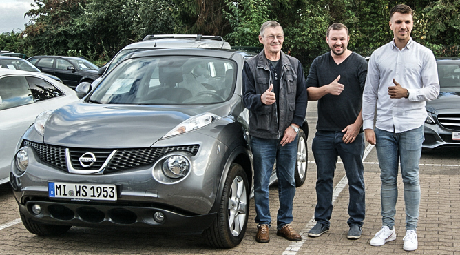 Familie Schmidt - Nissan Juke - Gebrauchtwagen - Zufriedene Kunden!
