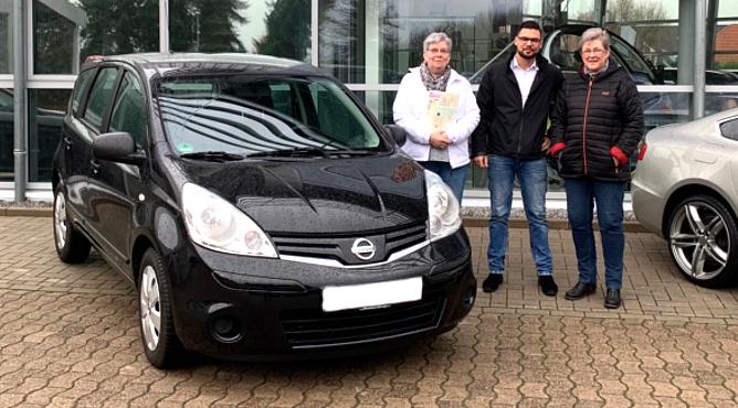 Frau Senden - Nissan Note - Gebrauchtwagen - Eine glückliche Kundin!