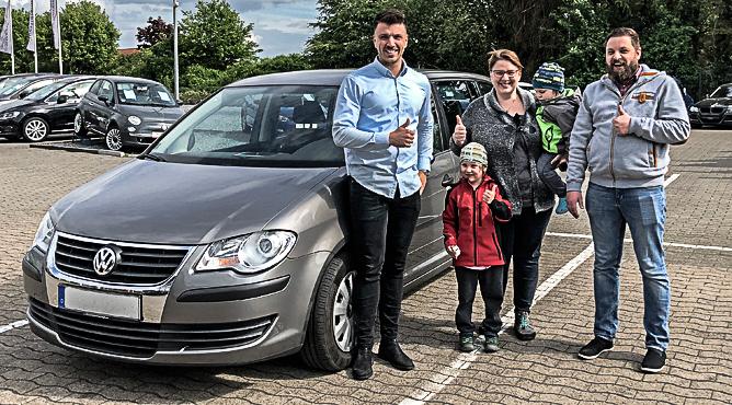 VW Touran - Gebrauchtwagen - Familie Ziehfreund - Zufriedene Kunden!