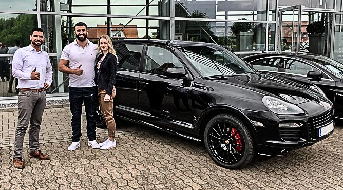 Herr Mammadov - Porsche Cayenne - Gebrauchtwagen - Ein zufriedener Kunde!