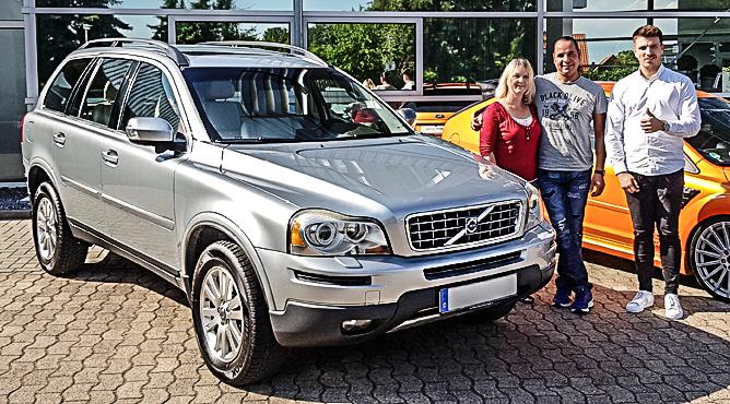 Volvo XC90 D5 - Gebrauchtwagen - Frau und Herr Bogenfeld-/El Haddad - Zufriedene Kunden!