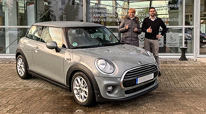 Mini One - Gebrauchtwagen - Frau Hanfeld - Eine glückliche Kundin!